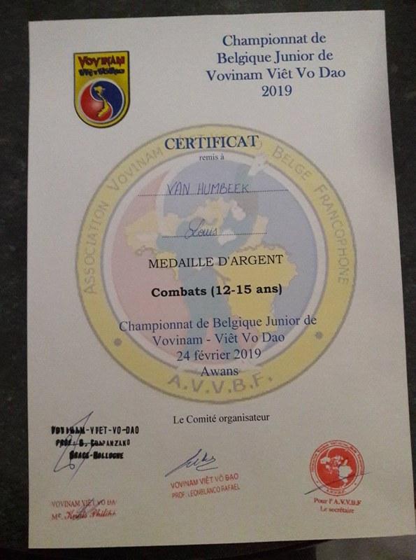 Médaille d'argent pour Louis VAN HUMBEEK au Championnat de Belgique Junior de Vovinam Viêt Vo Dao